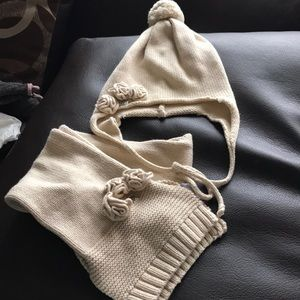 Other - Gorgeous girls hat and scarf set 3T-6T